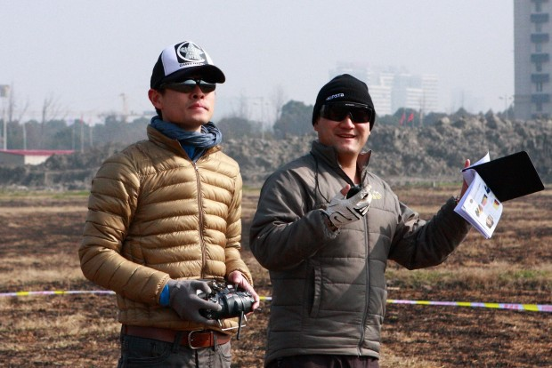 选手:尹伟明 助手兼裁判:俞峰